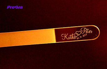Darčeky pre svadobčanov - Sklený pilníček s nápisom podľa priania - 2361647