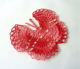 """Dekorácie - Háčkovaná dekorácia """"Motýľ"""" II., melírovaná červená - 2380592"""