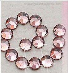 Galantéria - Hotfix kamienky: pudrové - baby pink, SS6 144 ks - 2452198