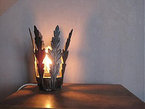Svietidlá a sviečky - lampa