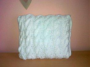 Úžitkový textil - Biely pletený vankúš - 2502396