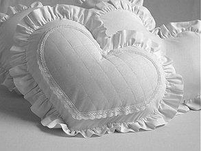 Úžitkový textil - Obliečka srdce LILIANA midi - 2516009