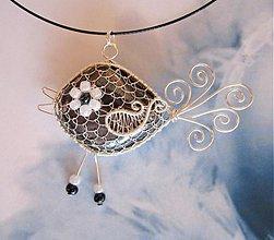 Náhrdelníky - Speváčik - náhrdelník z postriebreného drôtu - 2528443