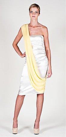 Šaty - Koktejlové minišaty so šifónovou šerpou v rôznych farbách - 2556203