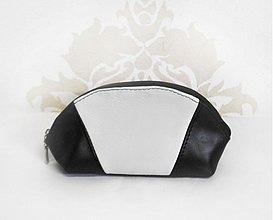 Taštičky - Kozmetická taštička alebo peračník- Black & white - 2596956