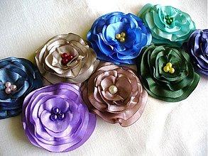 Brošne - saténové kvety - 2646738
