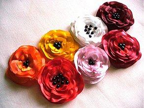 Brošne - saténové kvety - 2647979
