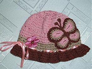 Detské čiapky - Ruzovo hnedy s motylikom - 2659658