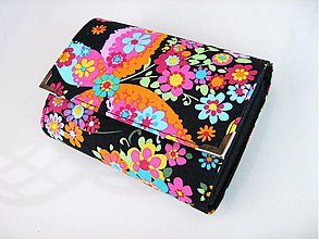 Peňaženky - Květinkoví motýlci- menší prostorná karty a 2 měny - 2698201