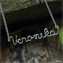 Náhrdelníky - Náhrdelník s menom - chirurgická oceľ  (Veronika) - 2710481