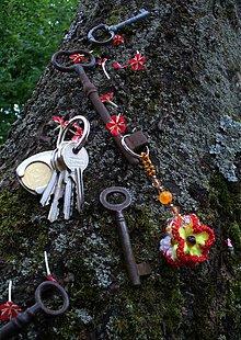 Kľúčenky - Štvorboká kľúčenka Katka - 2774636