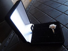 Prstene - Semišová krabička k šperkom - 2911956