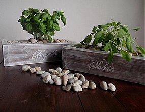Nádoby - Drevený kvetináč-truhlík retro s nápisom - 2959766