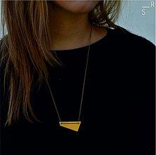 Náhrdelníky - brass_trapezium - 3024484