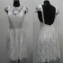 Šaty - Krajkové šaty s holým chrbátom rôzne farby - 3038901