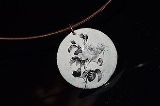 Náhrdelníky - růže - 3066097