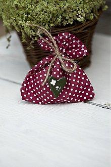 Darčeky pre svadobčanov - Vrecúško červené s bodkami - 3078799