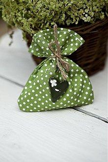 Darčeky pre svadobčanov - Vrecúško zelené s bodkami - 3078808