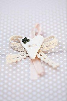 Pierka - Svadobné pierko so zeleným kvietkom - 3132980