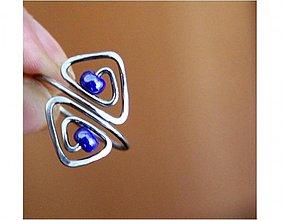 Prstene - Tepaný prsten-spirálové trojúhelníčky -hypoalergen - 3147070