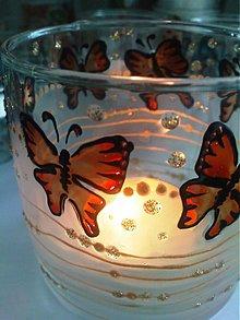 Svietidlá a sviečky - let motýľov - 3266998