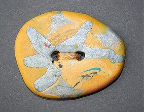 Galantéria - okrasný gombík žltý 4,5 cm - 3302912