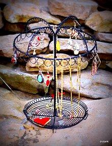 Dekorácie - Retro stojan na šperky - 3316139