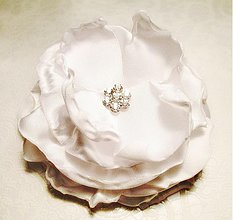 Ozdoby do vlasov - svadobný kvet do vlasov - 3361593