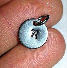 Náhrdelníky - Razený prívesok na želanie kruh malý - chirurgická oceľ - 3459729