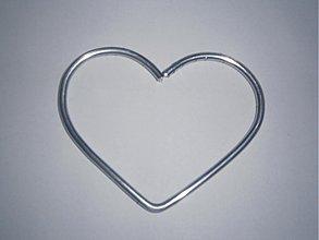 Pomôcky/Nástroje - Obruč malá- srdce - 1ks - 3499971