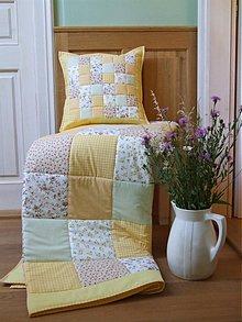 Úžitkový textil - patchwork deka banánovo žltá so zelenkavou - 3511662