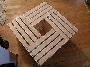 Nábytok - Stolík z debničiek 630x630x340 - 3539541