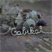 Náhrdelníky - Náhrdelník s menom z postriebreného drôtu: 6-8 písmen (Gabika) - 3563239