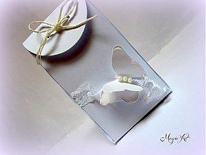 Darčeky pre svadobčanov - Krabička: Motýlie pohladenie - 3573701