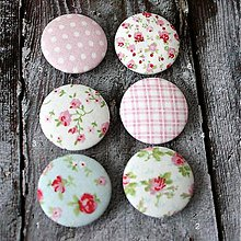 Materiál ručne robený - Romantické buttony 38 mm - 3587215