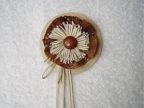 Odznaky/Brošne - Brošňa kožená, snivá - 3632422