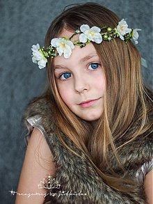 Ozdoby do vlasov - elfí věneček s perličkami a zelenými štrasy - 3657084