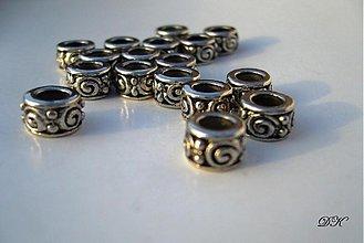 Korálky - kovové korálky - 10 ks - 368244