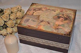 Krabičky - Dáma v klobúku a jej tajné listy - 3688094