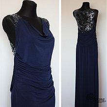 Šaty - Spoločenské šaty s flitrami, tvarujúce postavu - 3699447