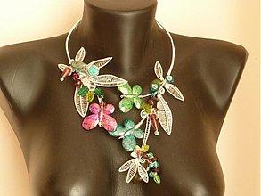 Náhrdelníky - Veselé šantenie motýľov - 3704930