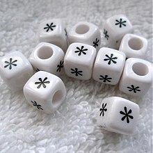 Korálky - Kocka plast 7,5mm-1ks - 3721497