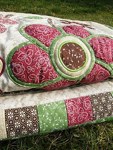 Úžitkový textil - Kvety za oknom...zelená,hnedá, bordó :) - 3733440