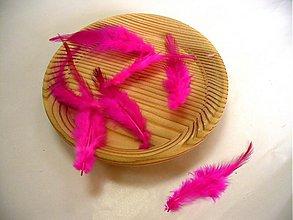 Suroviny - marabu pierka cyklamen - 50023