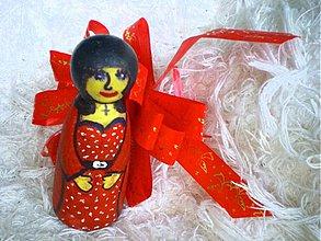 Hračky - Mrs. Adamsova z dreva / na objednávku - 52980