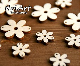 Materiál ručne robený - Základ na bižu kvetinka 2,2 cm - 557903