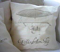 Úžitkový textil - vankúš a jeho vzducholoď... - 559525