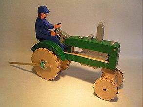 Hračky - Traktor na gumový pohon - drevená hračka - 580463