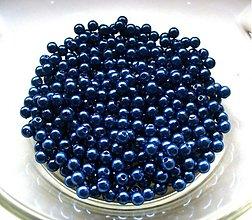 Korálky - kráľovská modrá 4mm/ 100ks - 606680