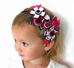 Ozdoby do vlasov - Kvetinková s pierkami - 630129